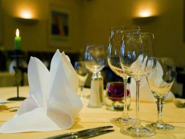 Erlebnis-Dinner als originelle Geschenkidee zu Weihnachten