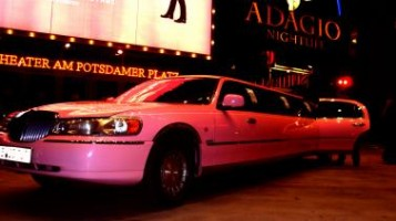 Lincoln Stretchlimousine in Pink
