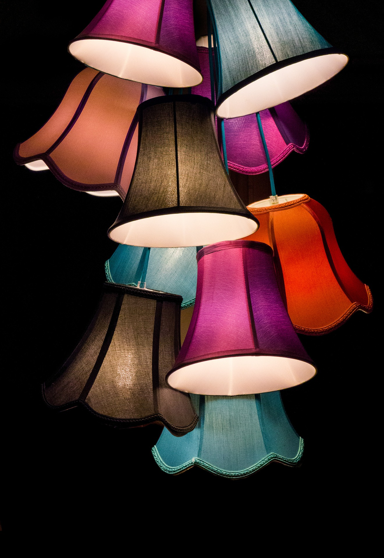lamps-453783_1920